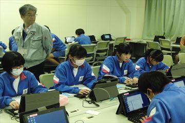 情報技術科出前授業